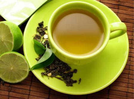 ¿El té verde ayuda con el estreñimiento?